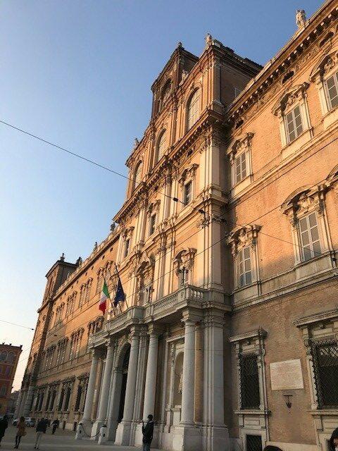 Accademia di Modena al tramonto